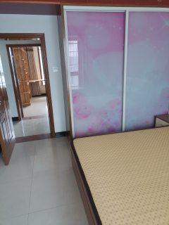 (城南)学府花园2室2厅1卫1300元/月85m²出租